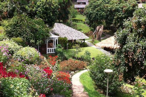 Maesa Valley Garden Resort - Chiang Mai - Näkymät ulkona