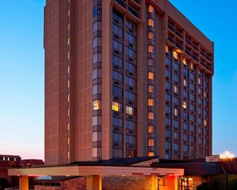 Sheraton Westport Plaza Hotel St. Louis - St. Louis - Building