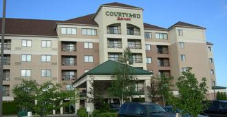 Courtyard by Marriott Erie Ambassador Conference Center - Erie