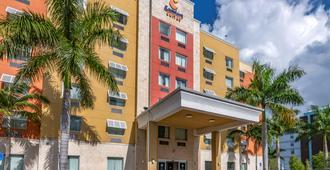 Comfort Suites Fort Lauderdale Airport South & Cruise Port - Dania Beach
