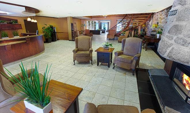 Hotel Universel - Québec City - Lobby