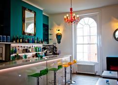 Acqua Beach - Weymouth - Bar