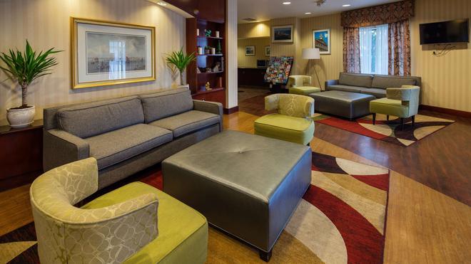 Best Western Plus Boston Hotel - Boston - Lounge