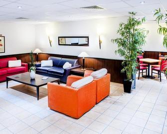 Appart'hôtel Saint Jean - Lourdes - Sala de estar