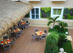Holiday Inn Huatulco - Гуатулько - Patio