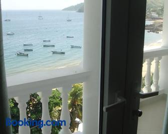 Taboga Palace Spa Hotel - Taboga Island - Gebäude