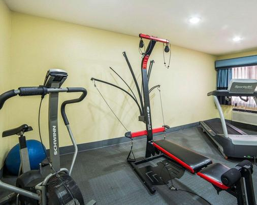 Quality Inn - Needles - Fitnessbereich