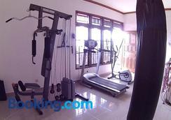24/7 Bed & Breakfast - South Kuta - Gym