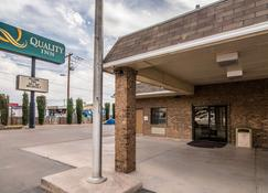 Quality Inn & Suites - Alamogordo - Building