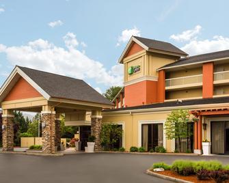 Holiday Inn Express Roseburg - Роузберг - Здание