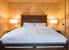 Single Island Shores - Hector - Bedroom