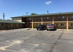 Encore Motel - Farmington - Building