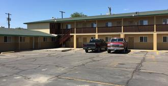 Encore Motel - Farmington - Toà nhà