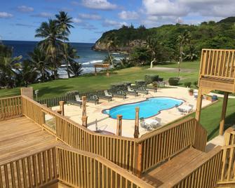 Hotel El Guajataca - Quebradillas - Pool