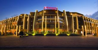 Ramada Resort by Wyndham Dar es Salaam - Νταρ ες Σαλάμ - Κτίριο