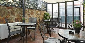 Hostal House - Barcelona