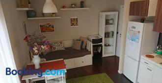 Apartment Nadia - Naples - Salon