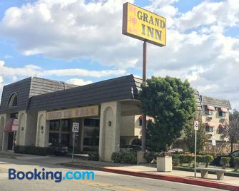 Grand Inn Hotel - Monterey Park - Building