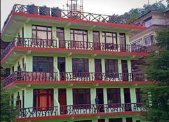 Hotel Pine Spring - Дхарамсала - Здание