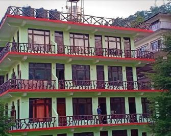 Hotel Pine Spring - Dharamsala - Building