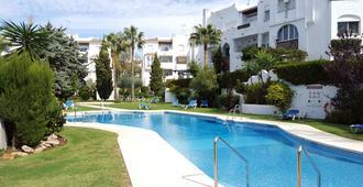Resort Medina del Zoco - La Cala de Mijas - Pool