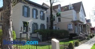 Historic Sion Bass Guest House - Fort Wayne - Edificio