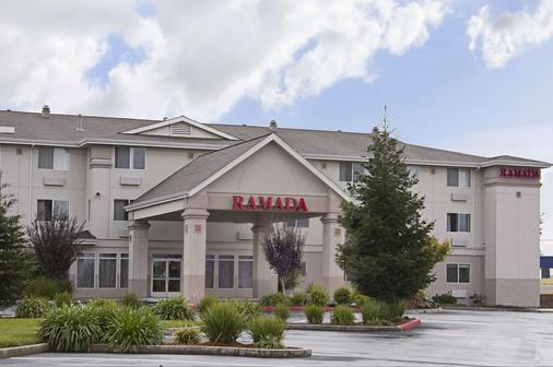 Ramada Limited Redding - Redding - Toà nhà