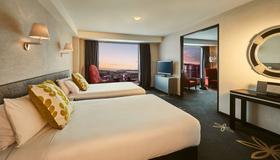 Skycity Hotel - Auckland - Bedroom