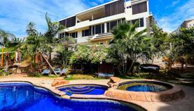 Me Hotel In Montanita Estates - Montañita (Guayas) - Piscine