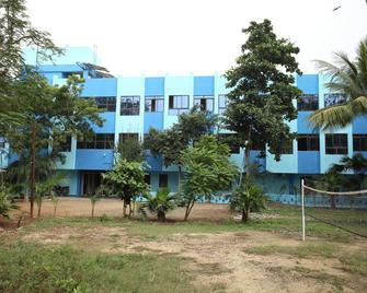 Siva Sakthi Hotel A Unit Of Ammayi Hotel - Tiruvannamalai - Gebäude