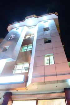 Allson's Inn - Cebu City - Building