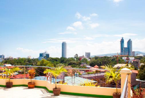 Allson's Inn - Cebu City - Balcony