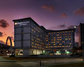 Best Western Premier Incheon Airport - Incheon - Building