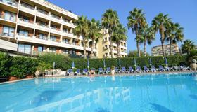 Hotel Nettuno - Catania - Pool