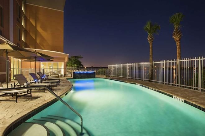 Cambria Hotel Miami Airport - Miami - Piscina