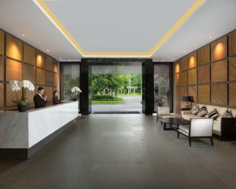 Delonix Hotel Karawang - Karawang - Ingresso