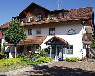 Landpension Sternberg - Grünenbach - Edificio