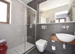 Quaint Hotel Nadur - Għajnsielem - Bathroom