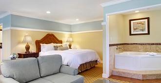 Wayside Inn - כרמל ביי דה סי - חדר שינה