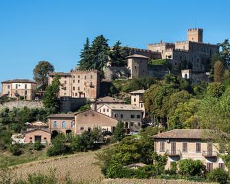 Antico Borgo di Tabiano Castello - Salsomaggiore Terme - Buiten zicht