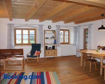 Ferien beim Baur - Bad Bayersoien - Living room