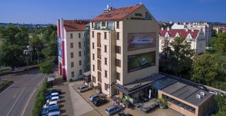 Absolutum Wellness Hotel - Prague - Building