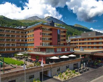 Grischa - Das Hotel Davos - Davos - Building