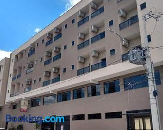 Hotel Martins - Pouso Alegre - Gebäude