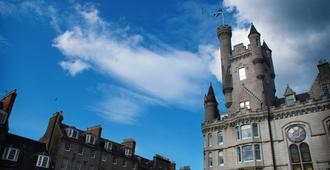 The Hansen Residence - Aberdeen - Outdoors view