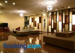 Hotel Sunroute Sano - Sano - Lobby