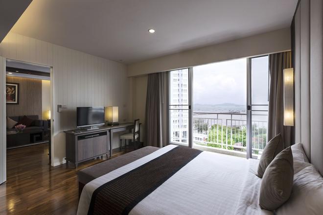 Cape Racha Hotel - Chonburi - Makuuhuone