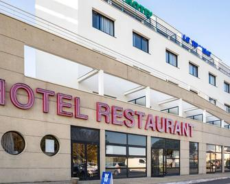 Brit Hotel Saint Malo - Le Transat - Saint-Malo - Building
