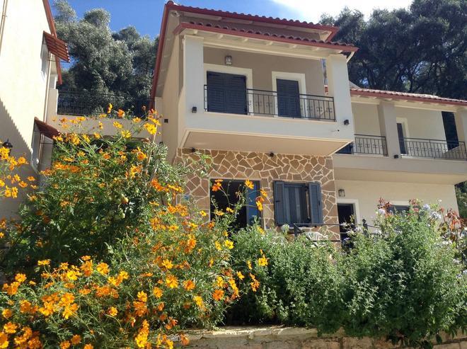 Villa Agapi - Parga - Building