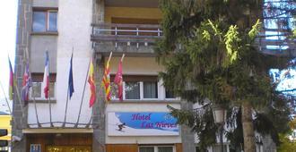 Hotel Las Nieves - Jaca - Bina